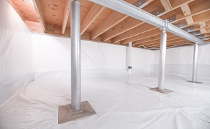 Crawl space structural support jacks installed in Bristow