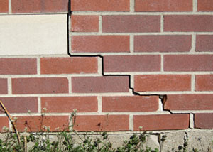 a foundation wall crack on a Cushing home.